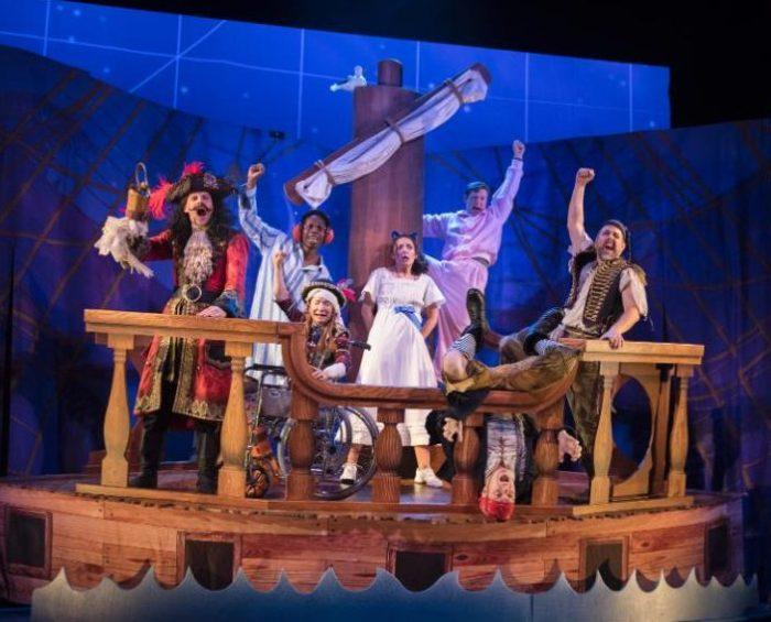 Peter Pan Goes Wrong, ApolloTheatre