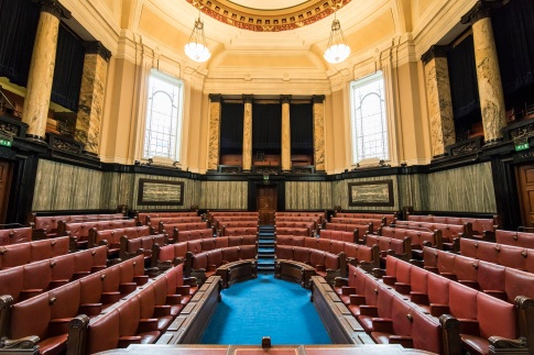 10-The-Chamber-in-London-County-Hall-Credit-Helen-Maybanks