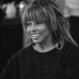 5. Tina Turner at TINA workshop December 2016 (Photo by Hugo Glendinning)