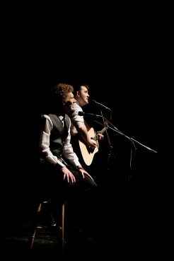 Charles Blyth & Sam O_Hanlon (l-r) in The Simon & Garfunkel Story. Photo by Jacqui Wilson 0051
