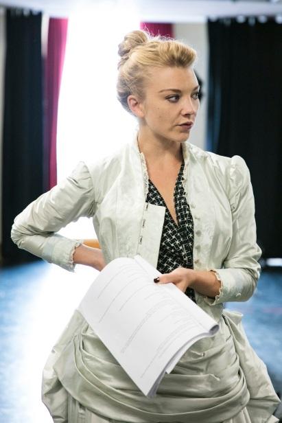 Natalie-Dormer-in-rehearsal-for-Venus-In-Fur-2