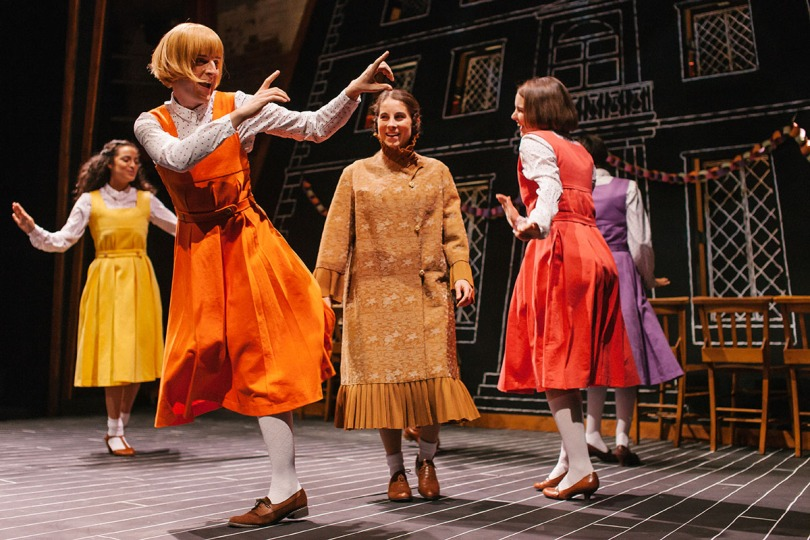 The cast of Daisy Pulls It Off at Park Theatre. Photo by Tomas Turpie 32