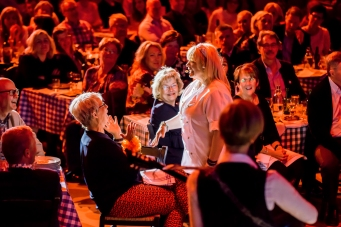 MAMMA MIA! THE PARTY Stockholm, credit Dewynters (20)