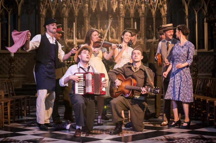 The Much Ado About Nothing company 3 – Photo Scott Rylander